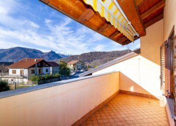 Foto 1 di Villa a Schiera via Circonvallazione, Villar Dora
