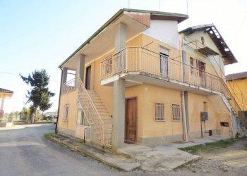 Roata Canale, porzione di casa libera su tre lati via Gioni