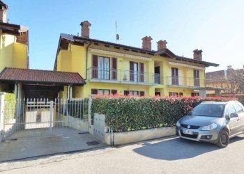 Busca, appartamento con giardino e box auto pari nuovo Via Tinetta