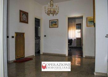 Foto 1 di Appartamento via Romita, Torino