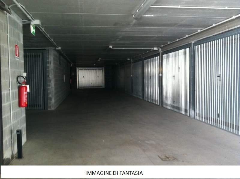 Foto 1 di Box / Garage Via Antonio Bassignano, 38, Cuneo