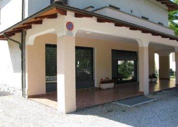 Foto 1 di Negozio Via Idice, Monterenzio