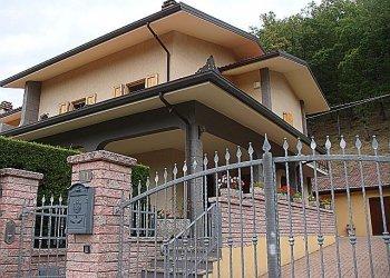 Foto 1 di Villa Rocca di Roffeno, Castel D'aiano
