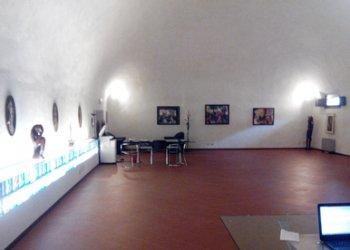 Foto 1 di Ufficio Via Galliera, Bologna