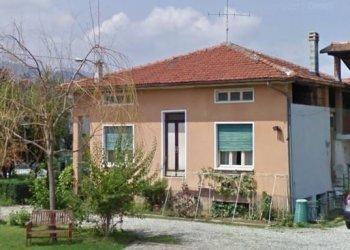 Foto 1 di Villa Via Borgo San Dalmazzo, 34, Cervasca