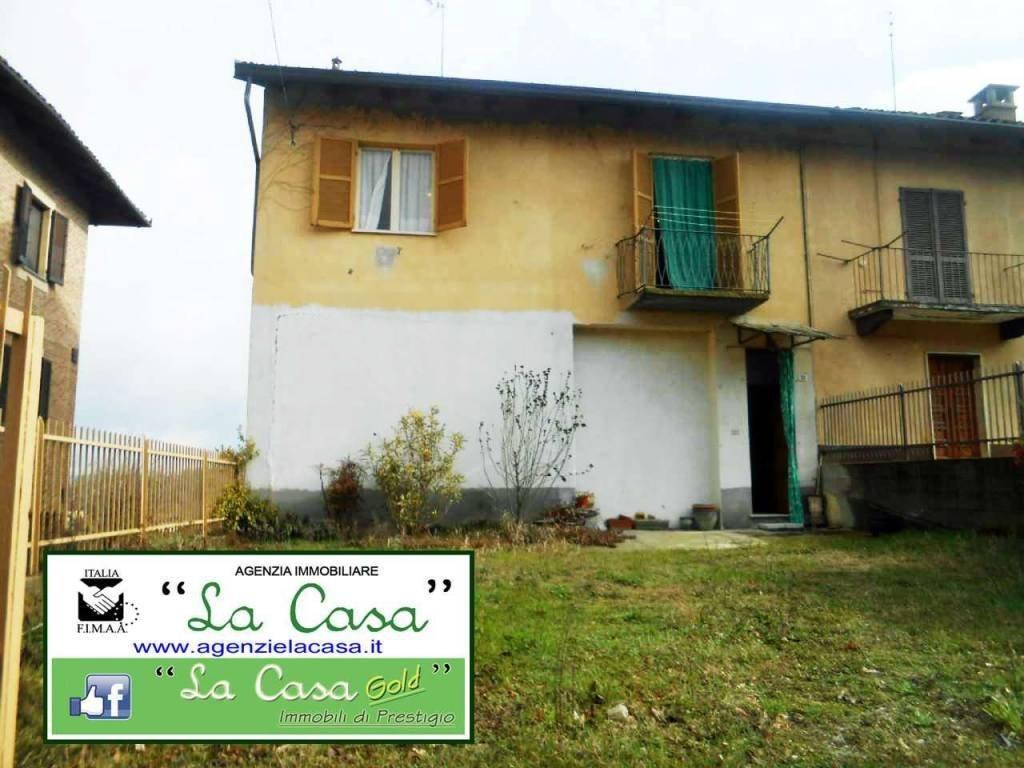 Foto 1 di Casa indipendente Via Marchesi Roero di Cortanze, 31, Cortanze
