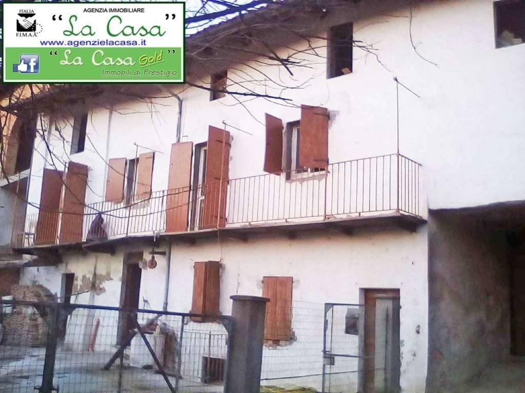 Foto 1 di Casa indipendente via Marconi, 14, Cunico