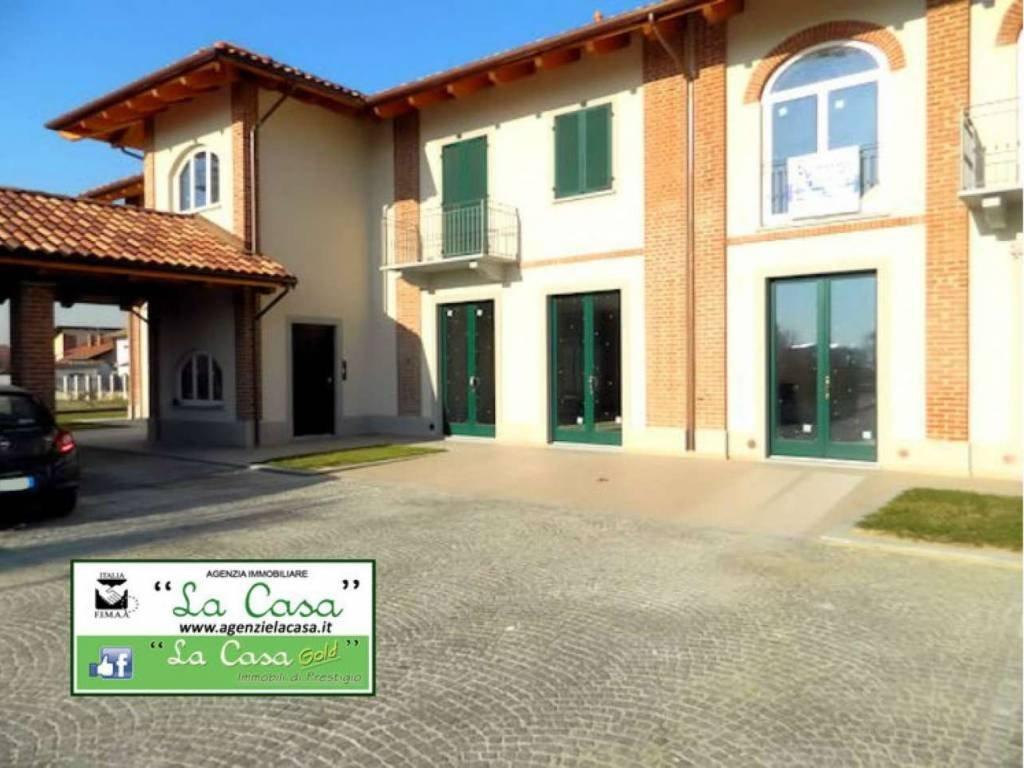 Foto 1 di Trilocale Via Villanova, 2, Buttigliera D'asti