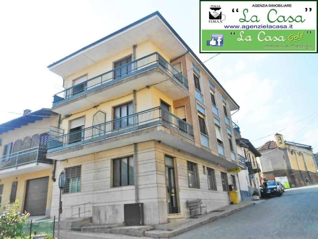 Foto 1 di Palazzo / Stabile via Maresco, Montechiaro D'asti
