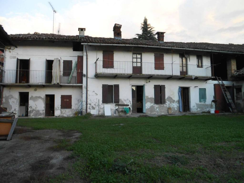 Foto 1 di Rustico / Casale via Chivasso, Castelnuovo Don Bosco