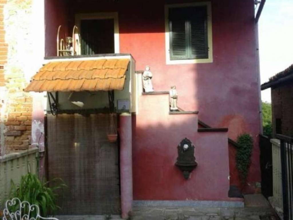 Foto 1 di Casa indipendente borgata bricco, Aramengo
