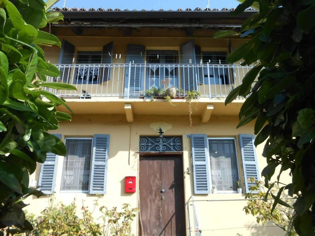 Foto 1 di Rustico / Casale via roma, 31, Castelnuovo Don Bosco