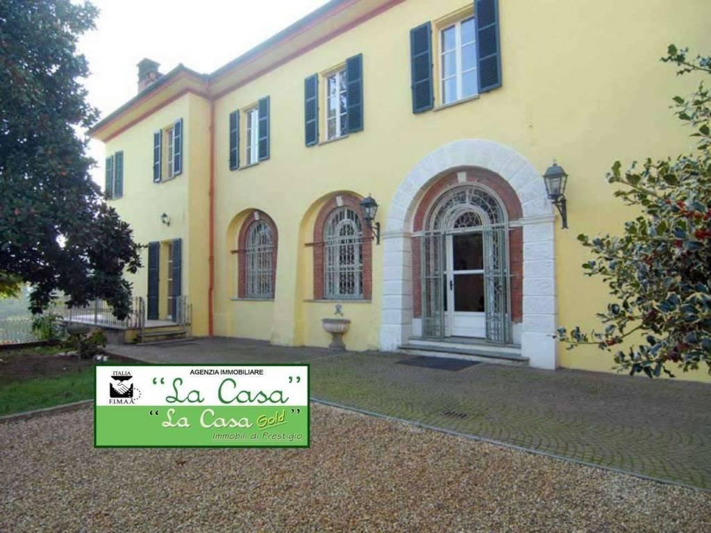 Foto 1 di Palazzo / Stabile Dusino San Michele, Dusino San Michele