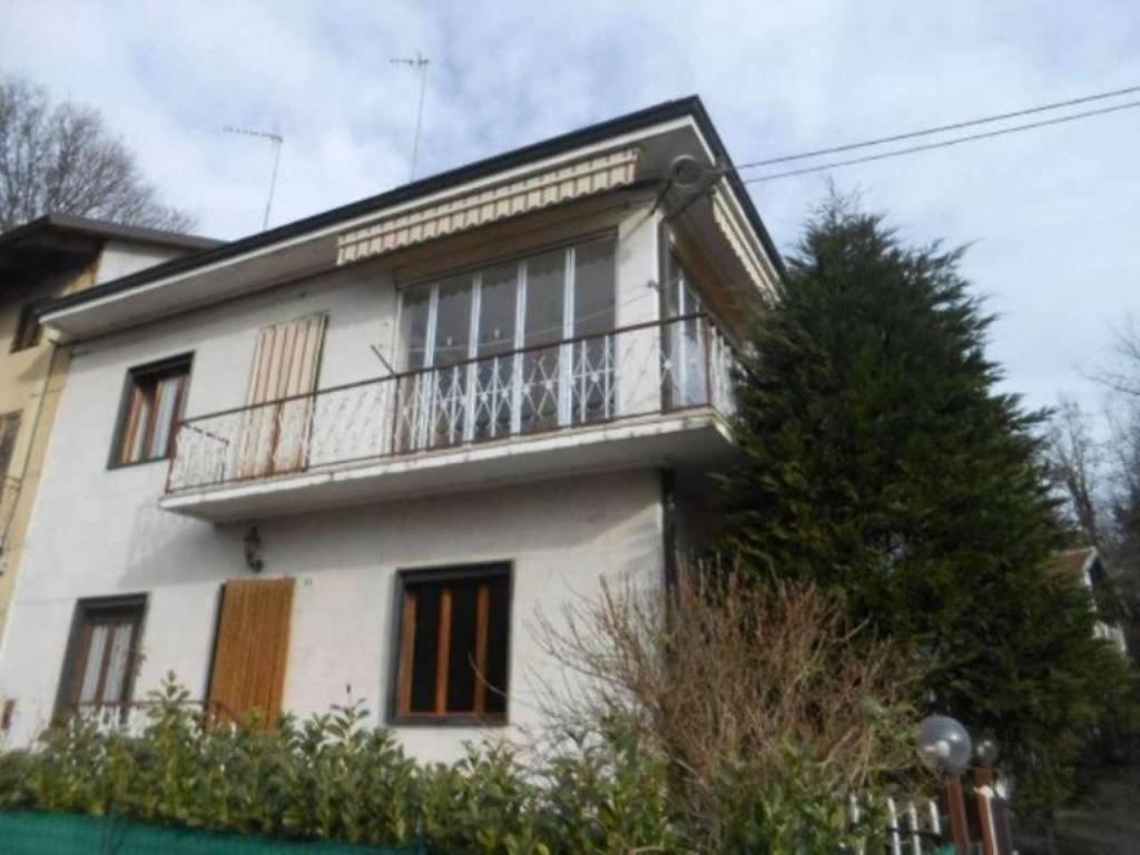 Foto 1 di Casa indipendente via Guglielmo Marconi, Viale D'asti