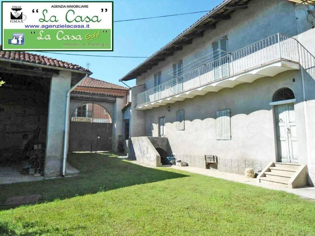 Foto 1 di Rustico / Casale Regione San Rocco, 15, Villafranca D'asti