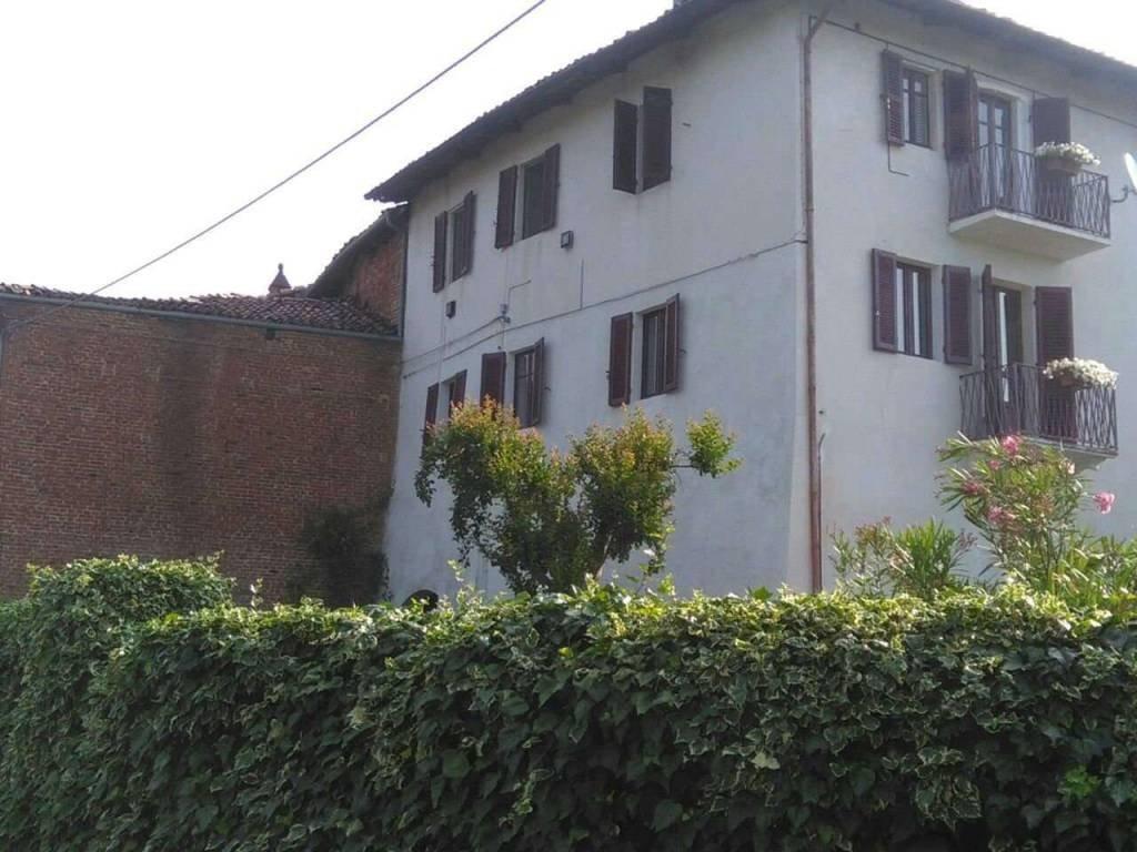 Foto 1 di Palazzo / Stabile Viale, Viale D'asti