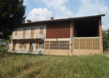 Foto 1 di Rustico / Casale Passerano Marmorito, Passerano Marmorito