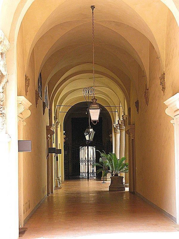 Foto 7 di Ufficio GALLERIA CAVOUR, Bologna