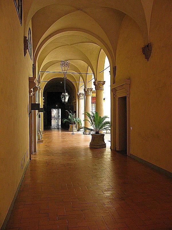 Foto 9 di Ufficio GALLERIA CAVOUR, Bologna