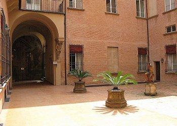 Foto 1 di Ufficio GALLERIA CAVOUR, Bologna
