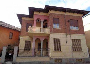 Foto 1 di Villa via Torino, Druento