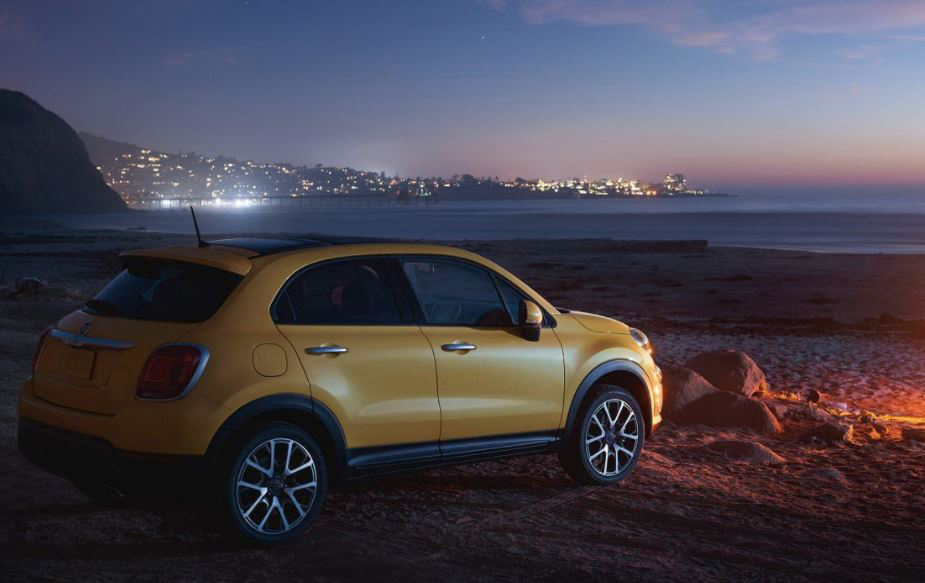 Buy the new Fiat 500x at car dealership in New Castle