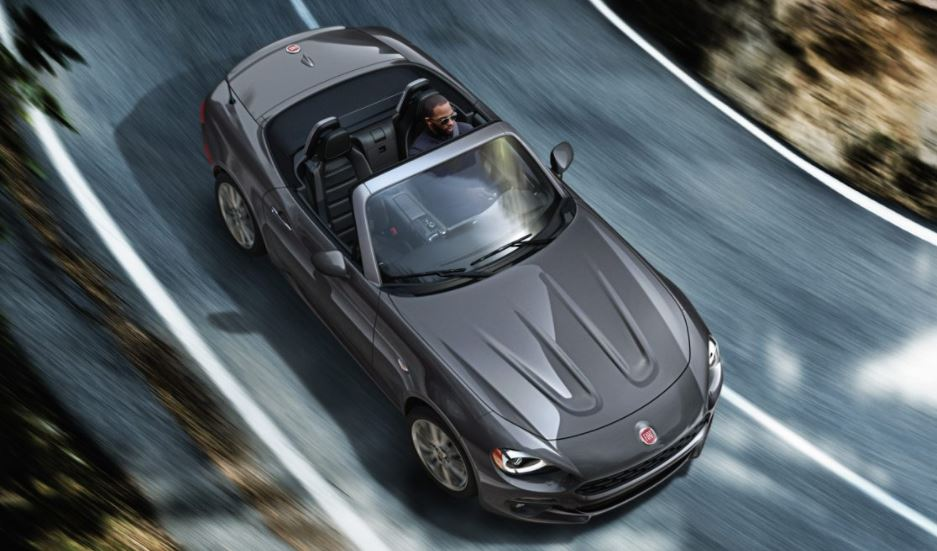 Browse the Fiat Spider sports car in New Castle