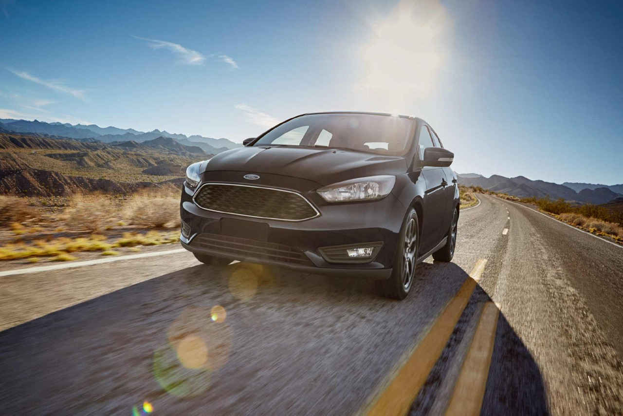 2018 Ford Focus country road