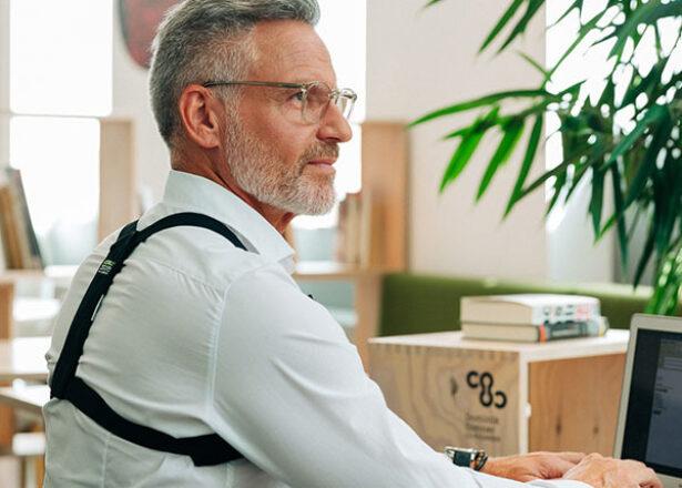Gute Haltung sitzen posture
