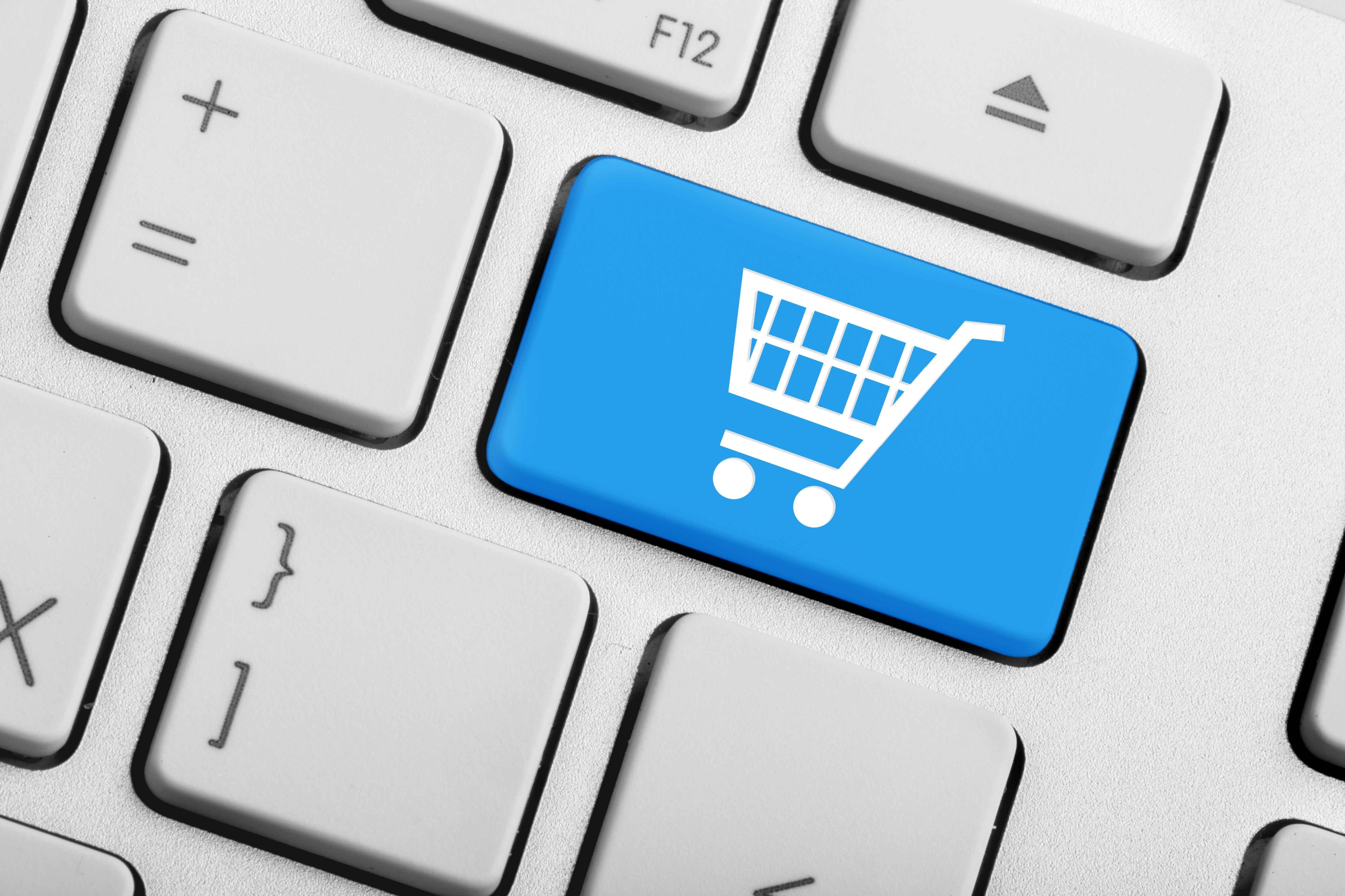 Sprzedaż przez Marketplace – wady i zalety