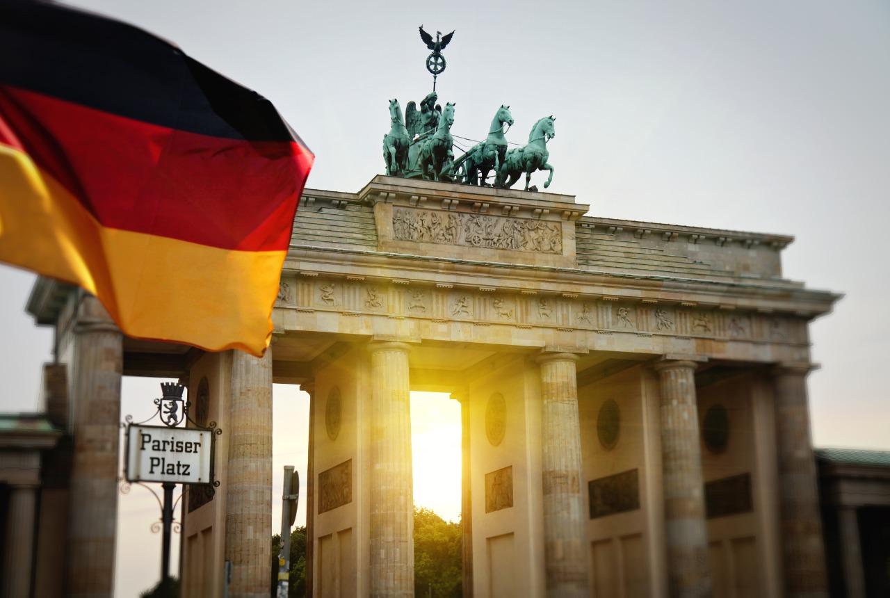Jak tanio wysłać paczkę do Niemiec?