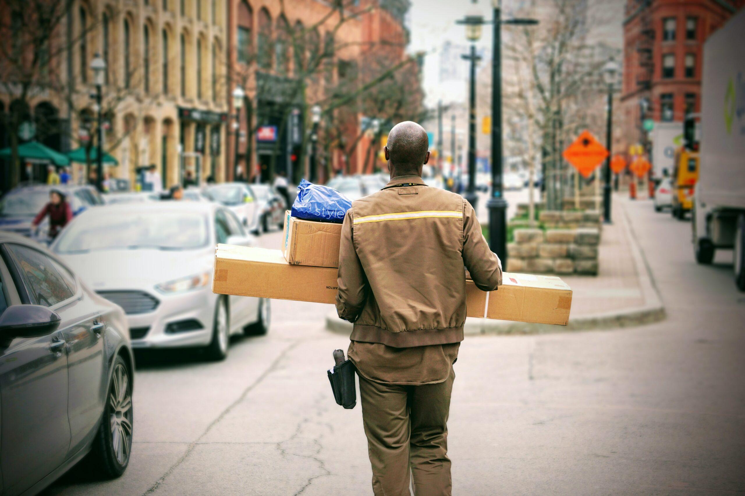 Przesyłka gabarytowa – czym jest i jak ją wysłać?
