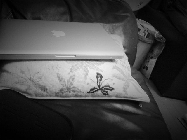MacBook(Late2008) by Old Camera.app