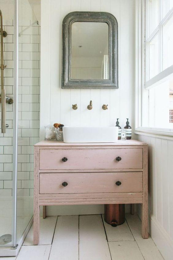 restaurer un meuble de salle de bain