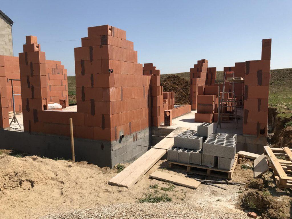 construction d'une maison en cours sur vide sanitaire