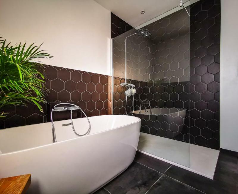 Carrelage de salle de bain : 30 idées pour vous inspirer ...