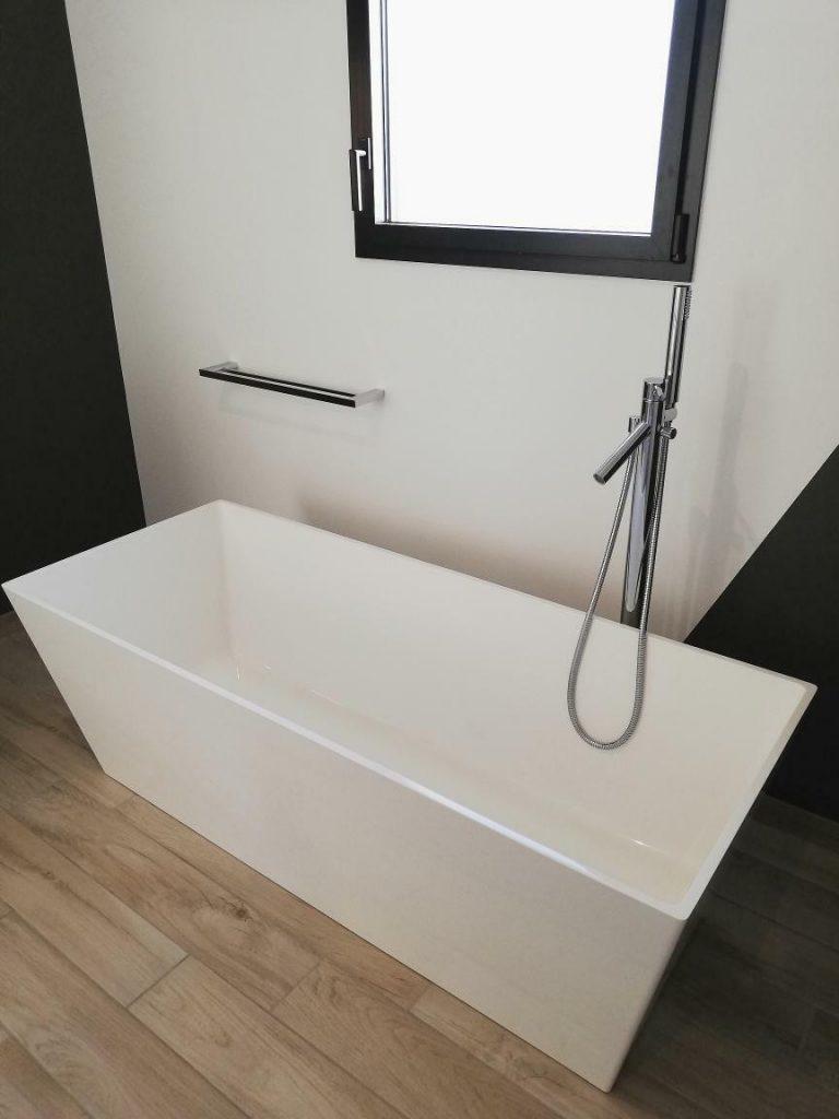 baignoire îlot rectangulaire design
