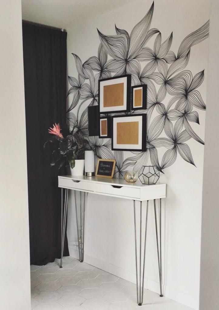 idée déco entrée blanc dessin mur et console blanche