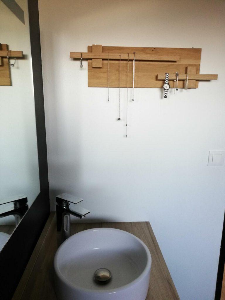 porte bijoux décoration salle de bain