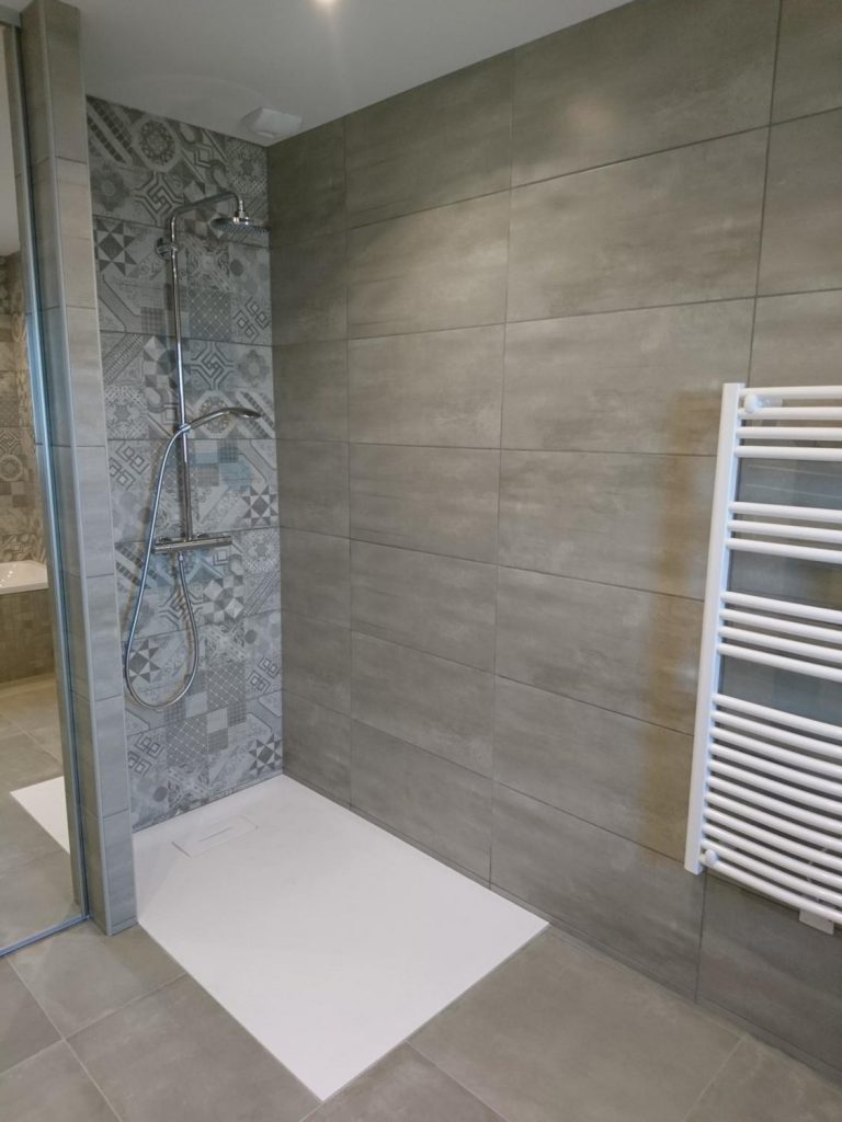 douche-italienne-receveur-à-encastrer
