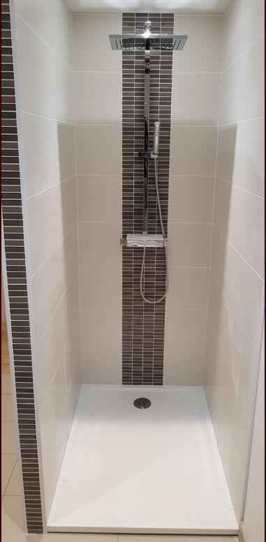douche-italienne-receveur-a-poser-extra-plat