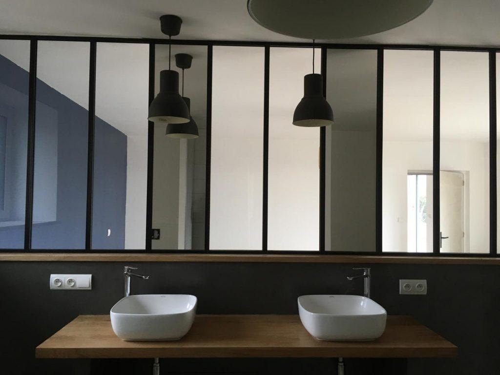 sdb-bois-verriere-style-industriel