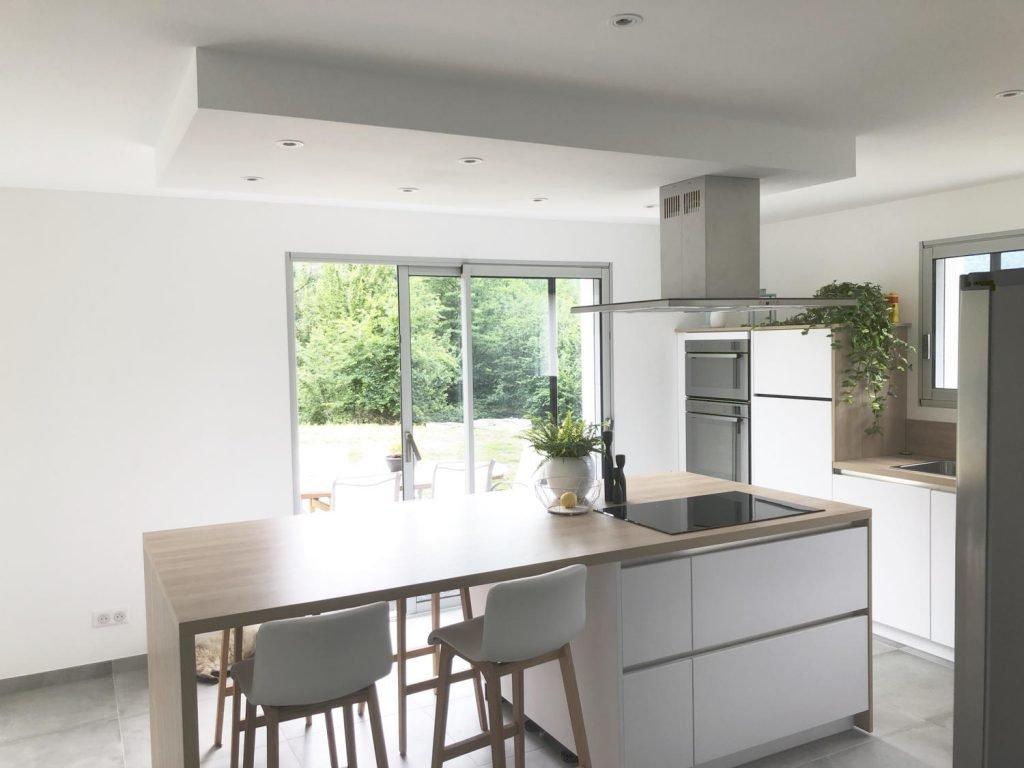 Decoration Cuisine Moderne Blanche cuisine blanche et bois : 15 idées pour vous inspirer