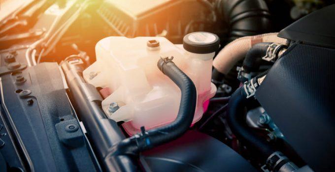 Refrigerante liquido para el automóvil: funciones, diferencias y consejos