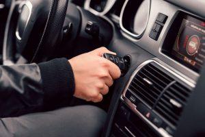 El coche no arranca: ¿por qué y qué hacer?