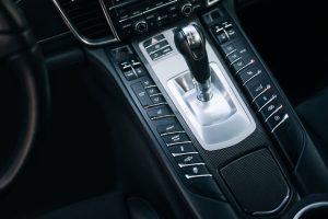 Caixa de velocidades Porsche Doppelkupplung (PDK): características distintivas e características técnicas