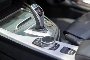 Steptronic Getriebe: wesentliche Informationen, Typen, Merkmale und technische Parameter