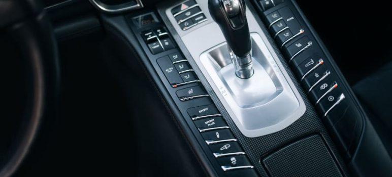 Porsche Doppelkupplung (PDK): typické vlastnosti a technické charakteristiky