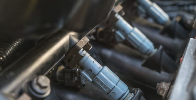 Fuel Injectors: functions, problems and symptoms