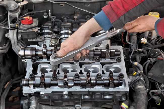 Glowica silnika: czy naprawa jest możliwa